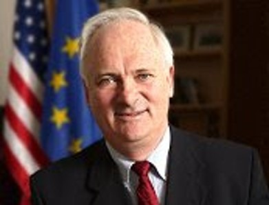 John Bruton Taoiseach Vice Chairman of Co-operation Ireland